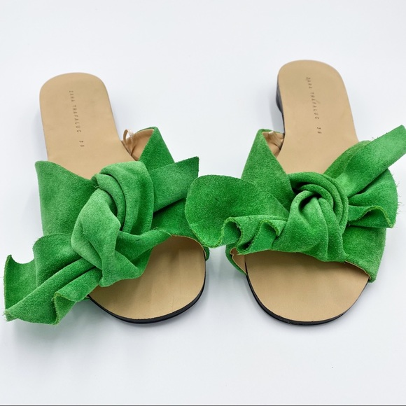 Zara Kelly Green Suede Split Bow Slide Flat